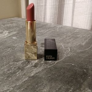 Estee Lauder Pure Color Envy Sculpting lipstick in